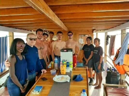 2D1N Komodo Spesial Tour